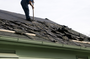 Do you need a roof replacement in Baton Rouge? Get in touch with Livingston Roofing.
